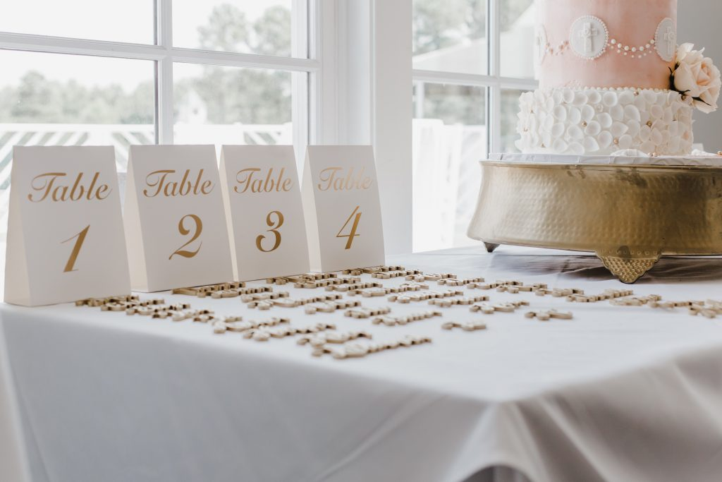Wedding table place cards. Wedding planner