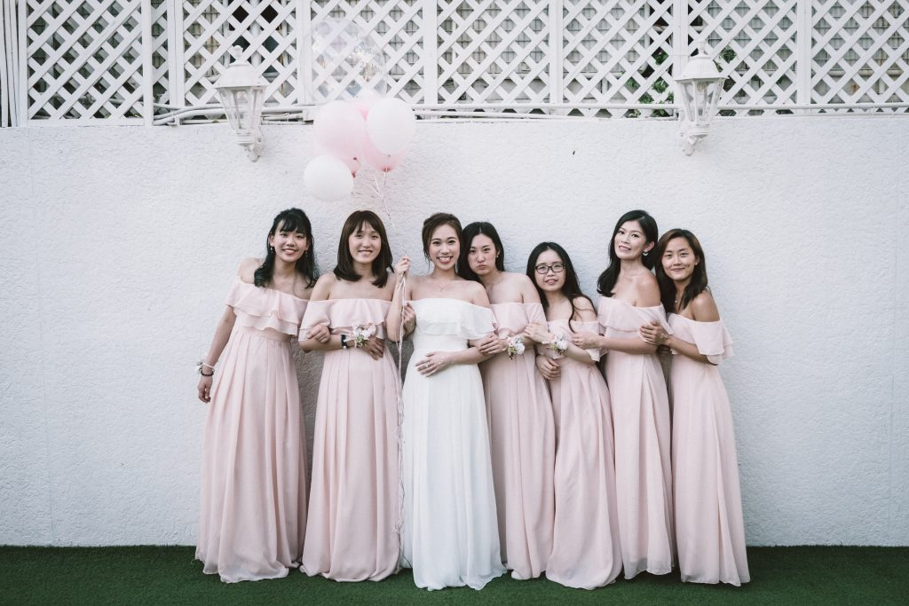 Bridesmaids picture with bride